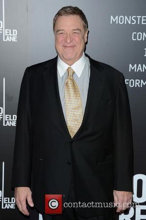 John Goodman Humiliated By Kristen Wiig Meeting