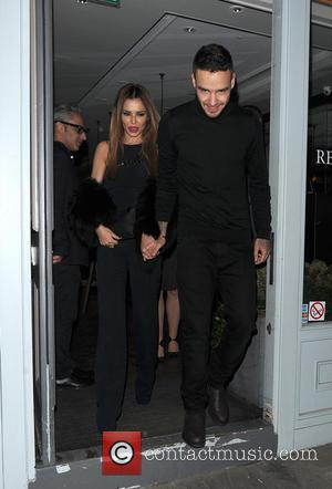 Cheryl Fernandez-Versini, Cheryl Cole , Liam Payne - Cheryl Fernandez-Versini holds hands with her new boyfriend Liam Payne, as they...