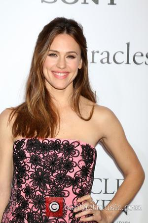 Jennifer Garner To Be Honoured For Children's Charity Work