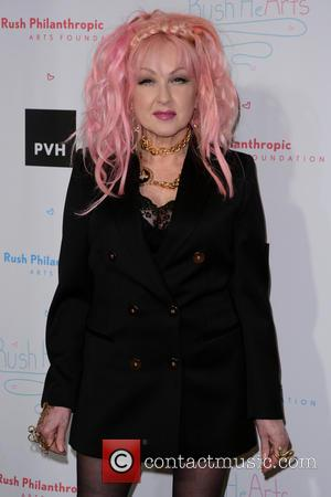 Cyndi Lauper To Unveil Walk Of Fame Star
