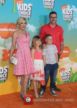 Tori Spelling, Dean Mcdermott, Finn Davey Mcdermott and Stella Doreen Mcdermott