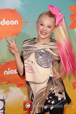 Jojo Siwa - Celebrities attend Nickelodeon's 2016 Kids' Choice Awards at The Forum. at The Forum, Kids' Choice Awards -...