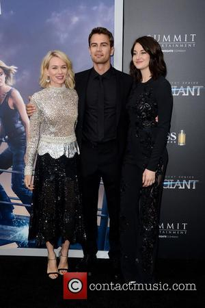 Naomi Watts, Theo James and Shailene Woodley