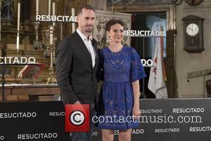 Joseph Fiennes and Maria Botto