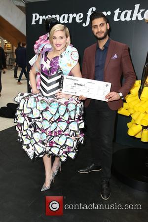 Ashley Roberts and Winner Of Flights To La
