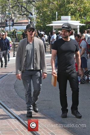 Lukas Haas - Lukas Haas visits The Grove with a friend on a sunny day in Hollywood - Los Angeles,...