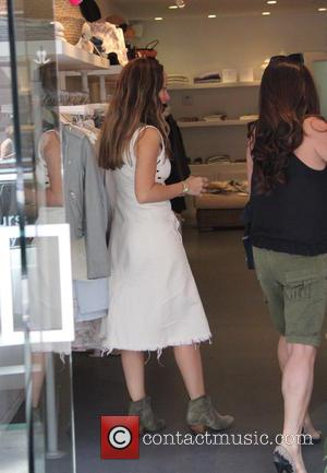Jennifer Meyer - Jennifer Meyer, jewelry designer and wife of Tobey Maguire, goes shopping at Jill Roberts boutique in Beverly...