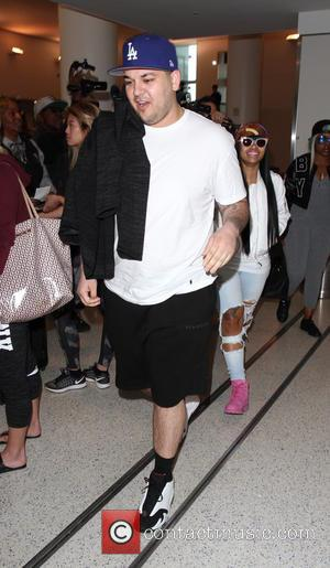 Rob Kardashian Aiming To Shed 50 Pounds In Five Weeks