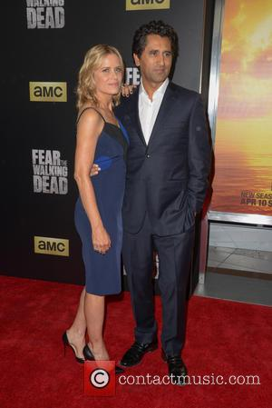 Kim Dickens and Cliff Curtis