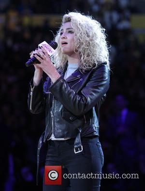 Tori Kelly Debuts Christina Grimmie Tribute Tune