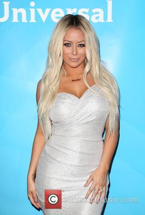 Aubrey O'day Splits From Pauly D