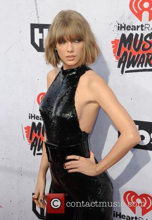 Taylor Swift To Face Alleged Groper In Court