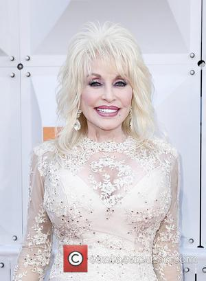 Dolly Parton Renews Vows As She Celebrates Her 50th Wedding Anniversary