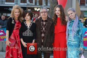 Bill Wyman, Suzanne Wyman, Matilda Wyman, Jessica Wyman and Katherine Wyman