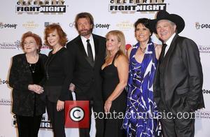 Jacqueline Smith, Reba Mcentire, Ronnie Dunn, Janine Dunn, Barbara Brooks and Kix Brooks