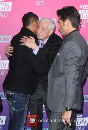 Cuba Gooding Jr., Garry Marshall and John Stamos