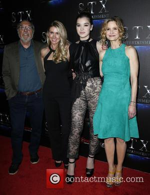 James L Brooks, Kelly Fremon Craig, Hailee Steinfeld and Kyra Sedgwick