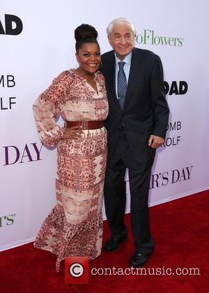 Garry Marshall and Yvette Nicole Brown
