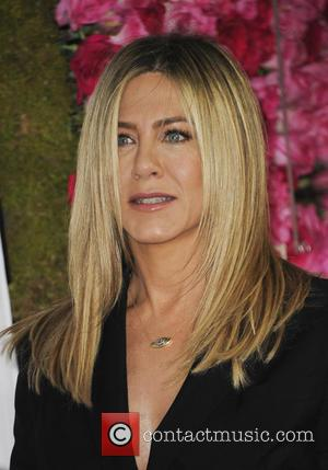 Jennifer Aniston - Open Roads world premiere of 'Mother's Day' at the TCL Chinese Theatre - Arrivals - Los Angeles,...