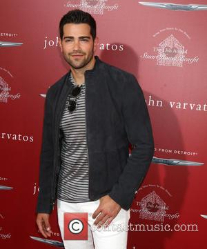 Jesse Metcalfe Not Impressed With Kim Kardashian's Steamy Gq Spread