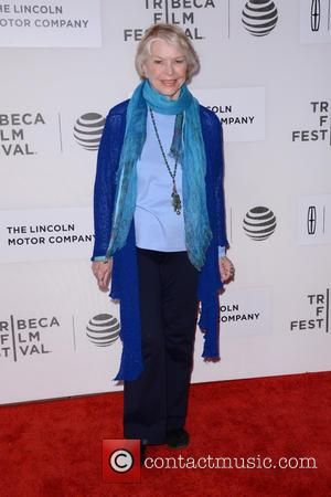 Ellen Burstyn: 'I Can No Longer Make A Living In Hollywood'