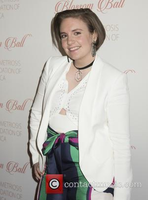 Lena Dunham Gets A Moonstone Anniversary Ring From Beau