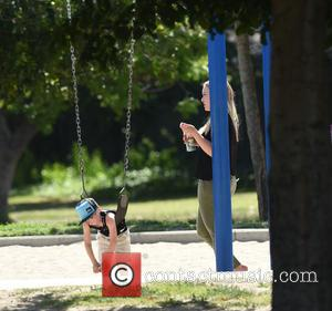 Hilary Duff , Luca Comrie - Hilary Duff takes her son Luca Comrie to the park - Los Angeles, California,...