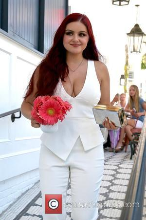 Ariel Winter Hits Back At Trolls After Body-shaming Criticism