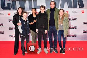 Jackie Brown, Nina Kronjaeger, Sam, Thomas Heinze and Lucille