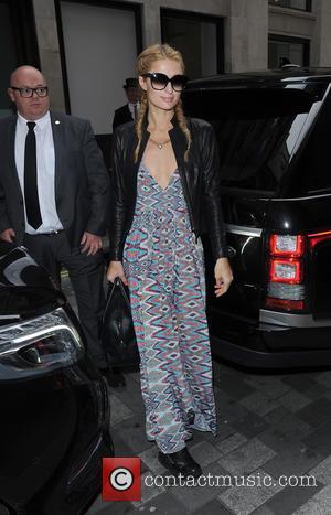 Paris Hilton - Paris Hilton arrives at her hotel, having landed in London on a flight from Los Angeles. Paris...