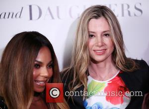 Ashanti and Mira Sorvino