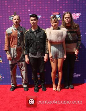 Joe Jonas, Cole Whittle, Jack Lawless and Jinjoo Lee
