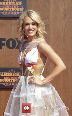 Carrie Underwood Dedicates To American Country Countdown Award Young Fan