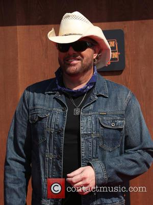 Toby Keith & Lee Greenwood Salute New U.s. Leader With Patriotic Anthems