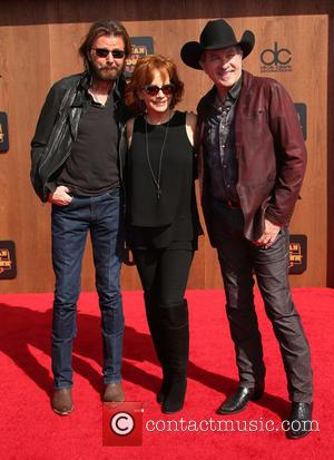 Ronnie Dunn, Reba Mcentire and Kix Brooks