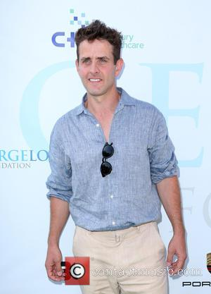 Joey Mcintyre To Star In Sitcom Based On His Life