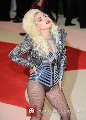 Lady Gaga - Metropolitan Museum of Art Costume Institute Gala - Manus x Machina: Fashion in the Age of Technology...