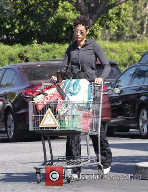 Nicole Murphy - Nicole Murphy goes shopping at Bristol Farms in Beverly Hills at Beverly Hills, Bristol Farms - Los...