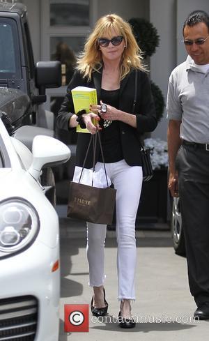 Melanie Griffith - Melanie Griffith leaving Epione in Beverly Hills - Los Angeles, California, United States - Tuesday 3rd May...