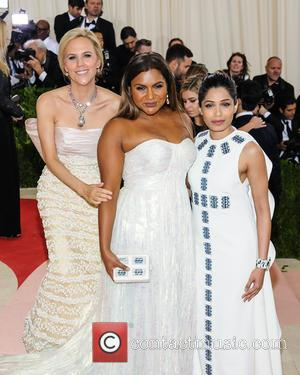 Tory Burch, Mindy Kaling and Freida Pinto