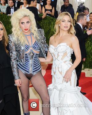 Lady Gaga and Kate Hudson