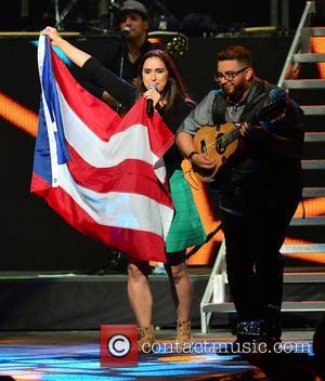 Carlos Vives, Mayda Belen and Tres