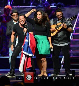 Edgar Rios, Mayda Belen, Quique Domenech, Tres and Carlos Vives