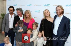 Oliver Hudson, Kurt Russell, Goldie Hawn, Kate Hudson and Wyatt Russell