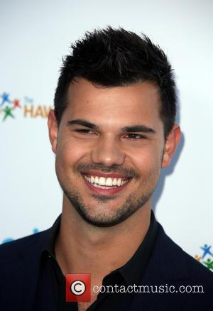 Taylor Lautner Joins Cast Of 'Scream Queens' Season Two