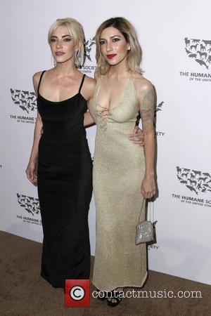 Jessica Origliasso, Lisa Origliasso and The Veronicas