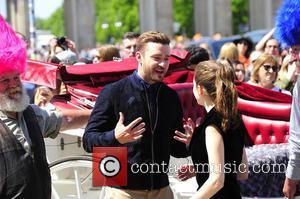 Justin Timberlake , Anna Kendrick - Justin Timberlake; Anna Kendrick  -  PhotoCall zu TROLLS am Brandenburger Tor in...