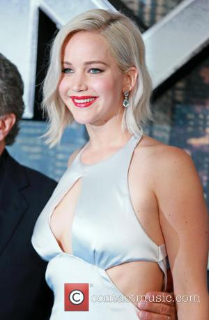 Jennifer Lawrence 'To Play Biotech Billionaire Elizabeth Holmes'