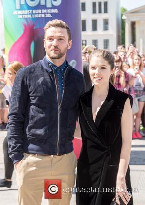 Justin Timberlake and Anna Kendrick