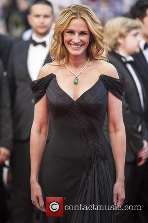 Julia Roberts To Portray Framed Pta Mum